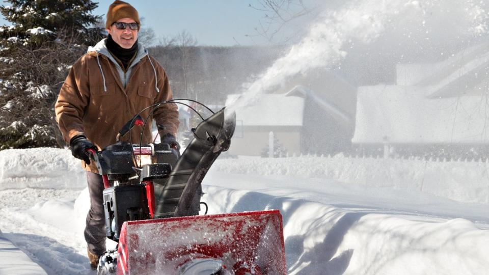 Best Rated Snow Blower Brands : The top rated best snow blowers for winter